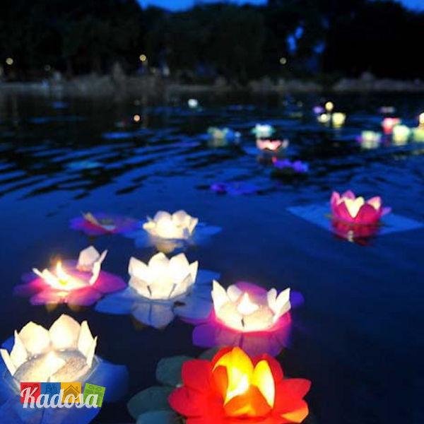 Lanterne galleggianti fiore di loto set 30 pz in colori for Candele per piscina