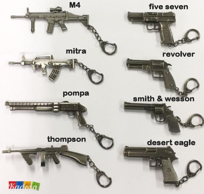 portachiavi pistola o fucile in metallo con finitura